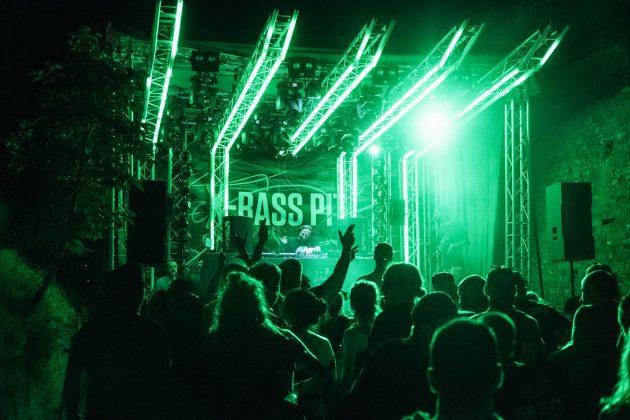05_X-Bass Pit